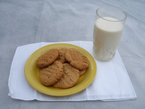 Peanut Butter Cookies with milk.